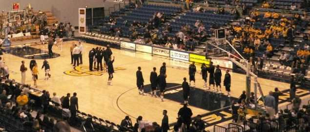 The court before a basketball game between UC Irvine and CSU Northridge.