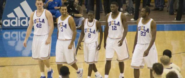 2008 UCLA Bruins basketball players vs the Huskies.