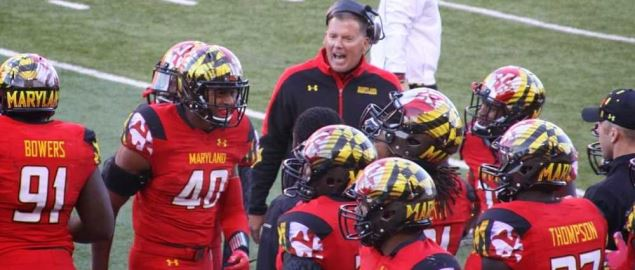 Maryland Terrapins on the sideline during a 2013 game vs Clemson Tigers.