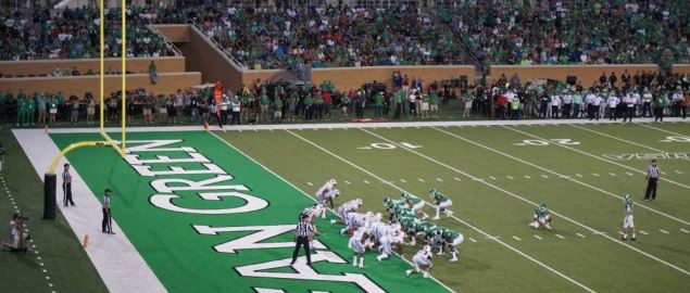 UNT kicking a field goal vs SMU at Apogee Stadium in 2018 regular season home game.
