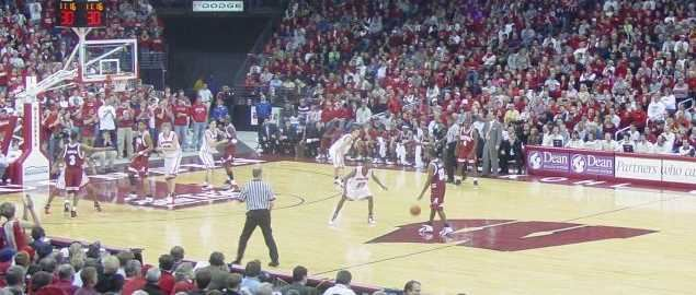 Wisconsin taking on Alabama at home in 2004.