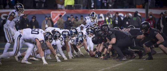 Army lined up on offense vs Navy in the 119th Army-Navy game in 2018.